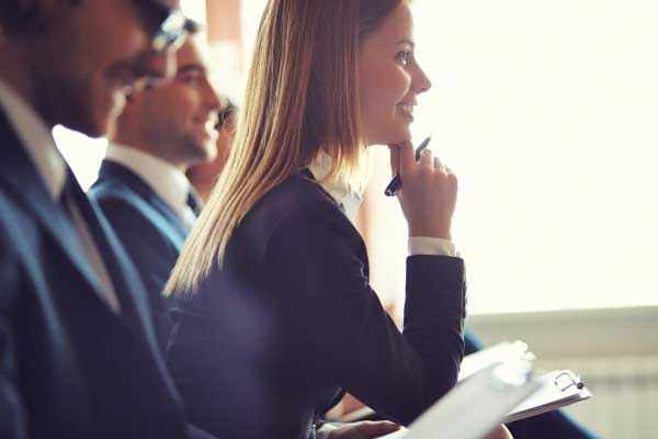 SEO- Seminare <br>Unser Angebot für KMU: Onpage- & Offpage SEO,Content-Analyse und mehr!